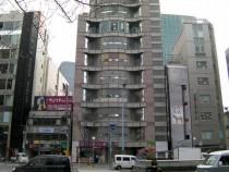 大阪 北新地 2号線沿い 商業ビル地下1階 貸店舗物件